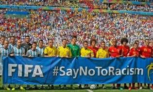 Δια βίου αποκλεισμό για ρατσιστικές συμπεριφορές προτείνει η FIFA