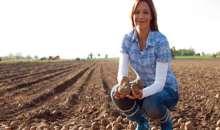 Η Παγκόσμια Ημέρα Αγρότισσας στο διαδίκτυο